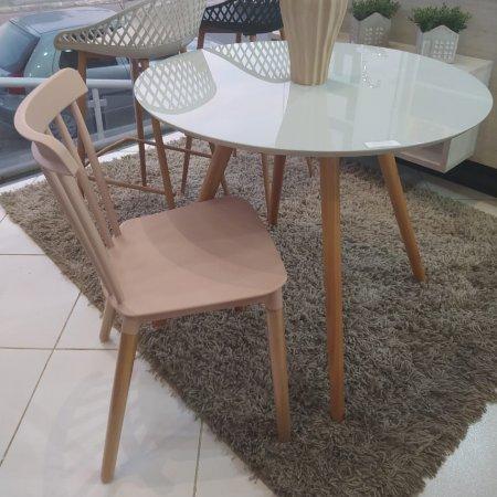 Mesa de Jantar Redonda 90 cm Off White e 4 cadeiras Rivatti Janaina Nude Rose 10460004-10394117
